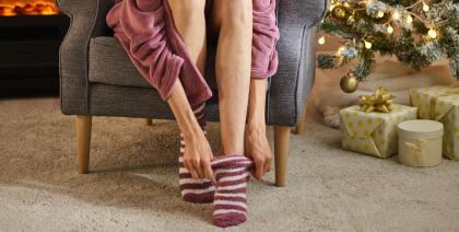 Zagrijte hladna stopala pomoću ova 4 jednostavna savjeta