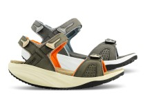 Pure sandale za nju